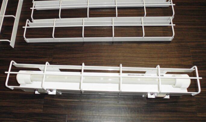 LED照明器具用 ガード金物